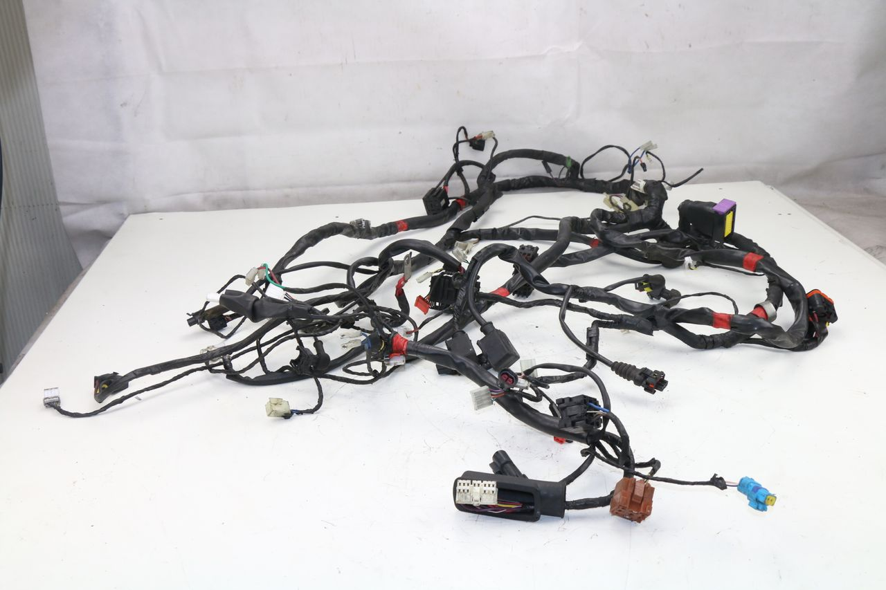 wire harness piaggio mp3 125 2006 2008 ebay rh ebay co uk Automotive Wiring Harness Wiring Harness Diagram